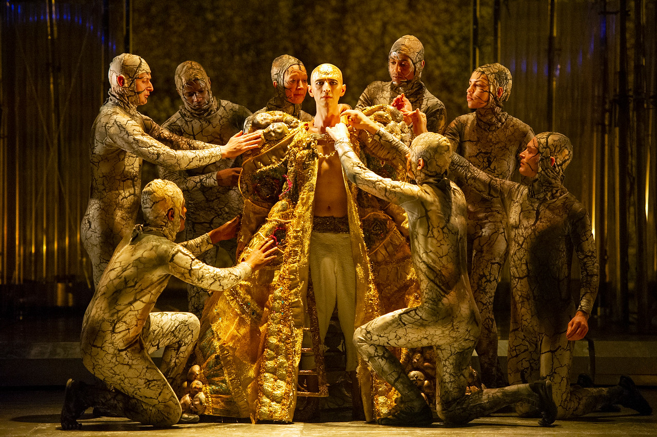 Met opera Akhnaten at Arena Theater